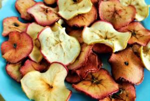 Полезны ли сушеные яблоки