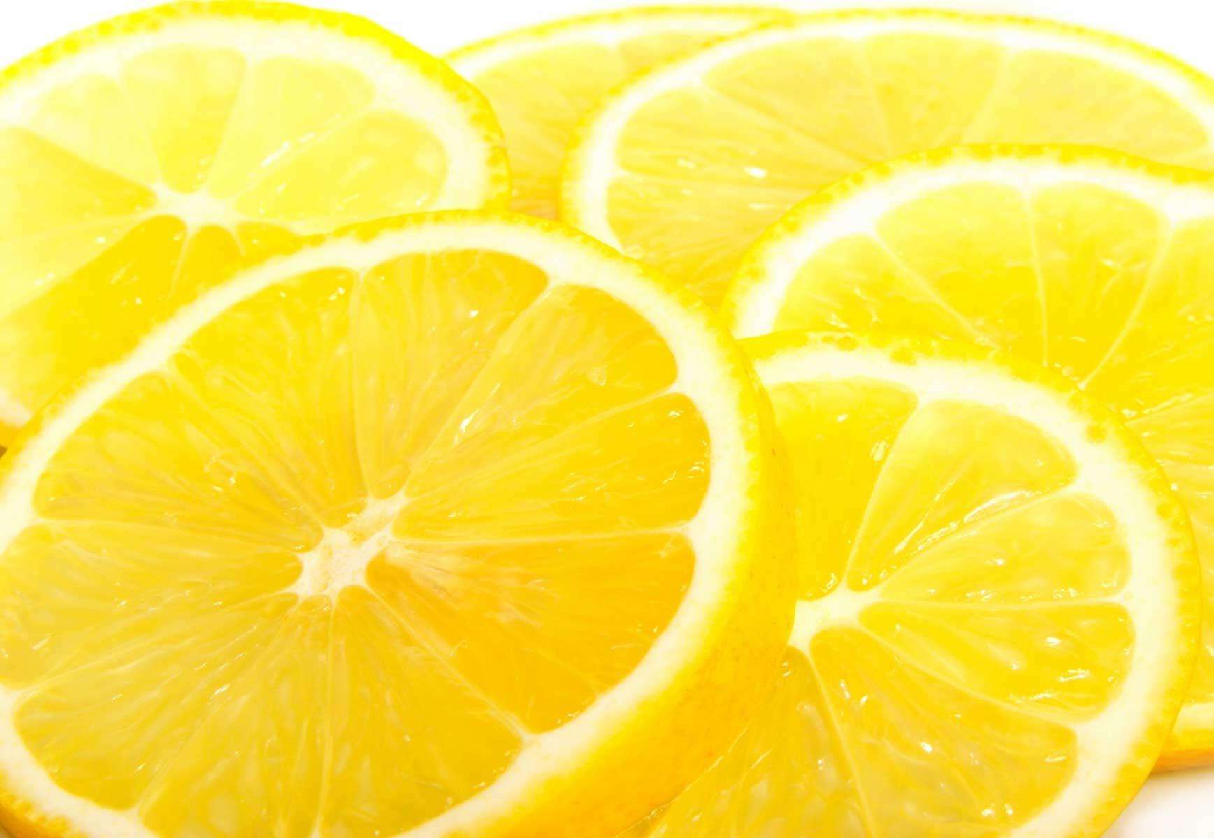 Лимон: польза и вред, калорийность
