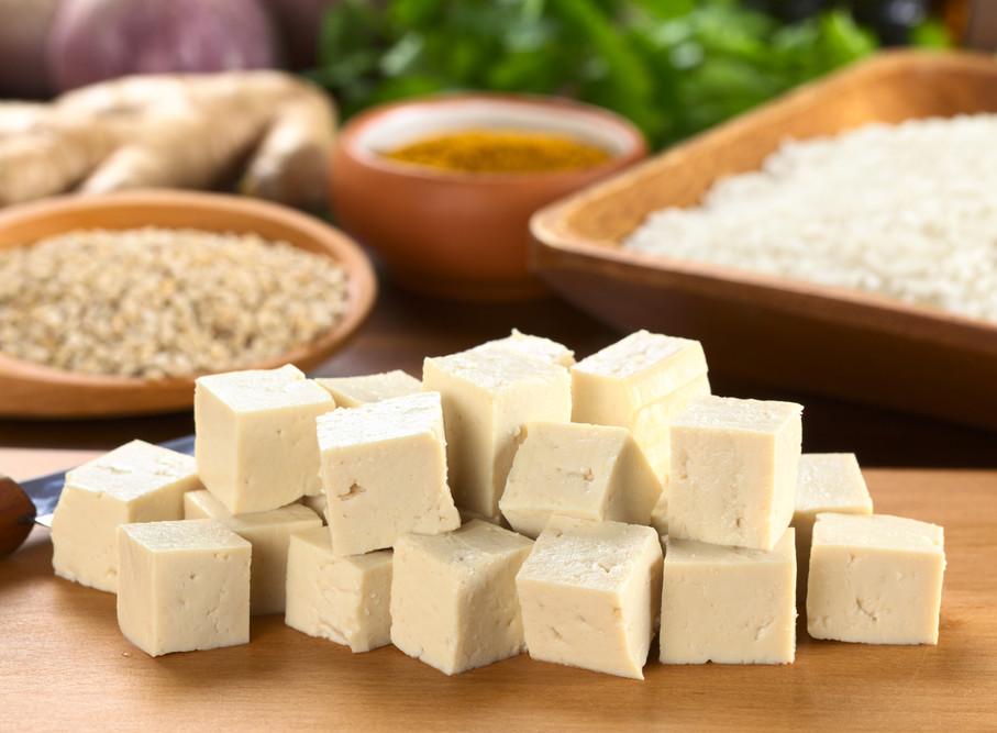 Соевый сыр тофу: польза и вред, калорийность