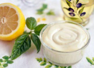 майонез и лимон