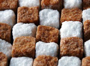 сахар тростниковый и белый