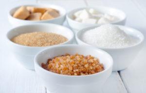 сахар в различных емкостях