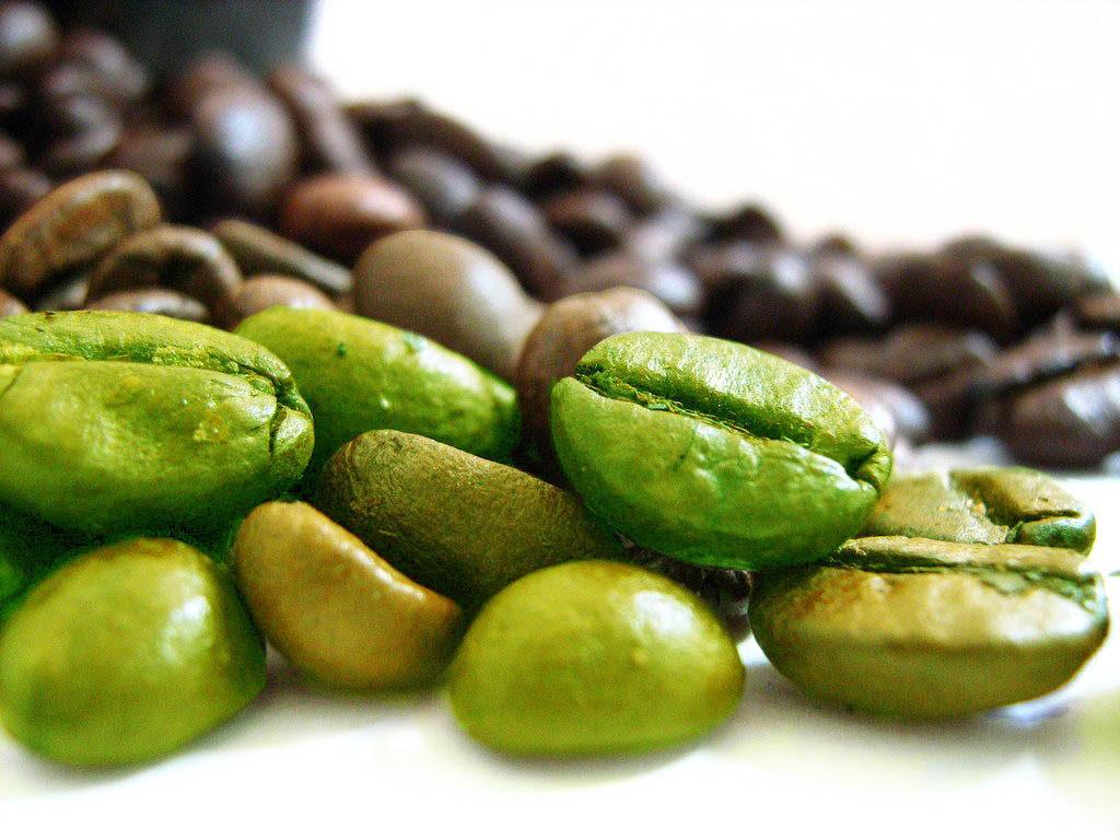 зеленые зерна кофе
