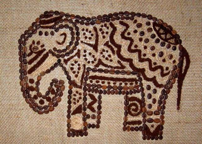 слон из кофе