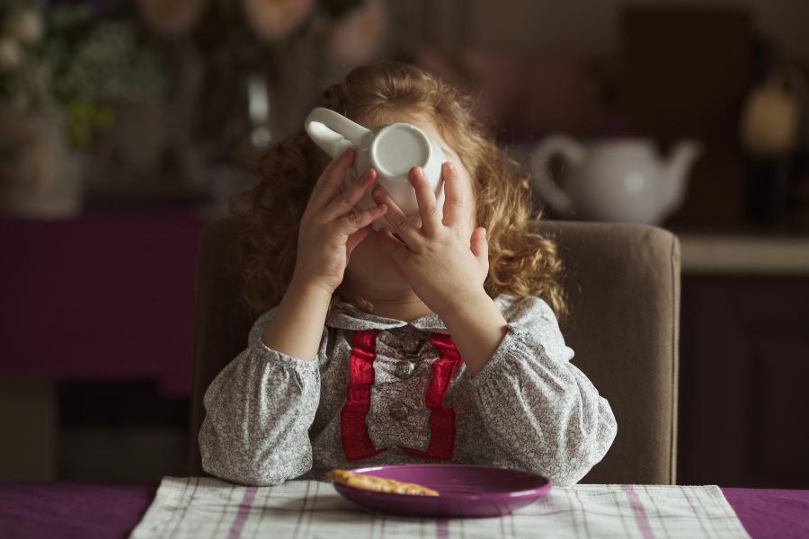 ребенок и кофе