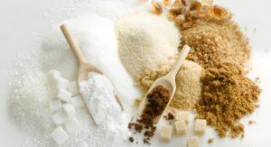коричневый и белый сахар