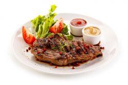 История стейка, или как приготовление мяса превратилось в искусство