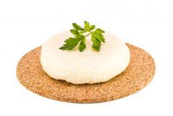 Адыгейский сыр: польза и вред, калорийность